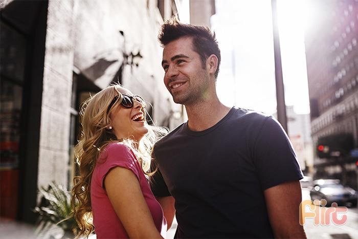 Come far capire un uomo che sei interessata a lui flirt - Come far felice un uomo a letto ...