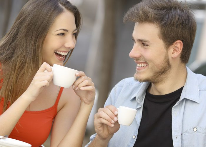 9 Tips to Flirt With a Guy You Want to Have a Conversation With