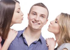 dating multiple women advice: keep it casual