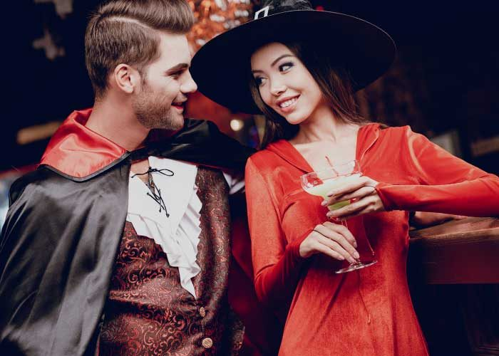 tips for singles at halloween party