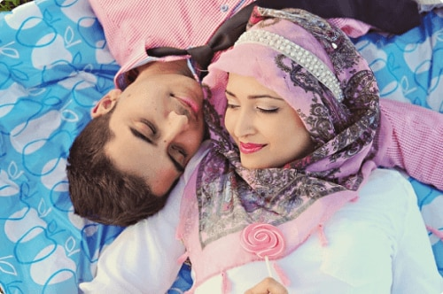 vinson muslim personals In traditional american dating, a man and woman meet each other, decide they want to get to know each other better and start dating once their relationship has reached a serious point, they meet each other's parents.
