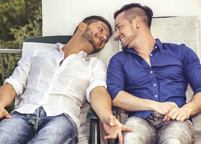How to Flirt with a Gay Guy?